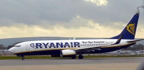 800px-Bristol_airport_ryanair_EI-DLO